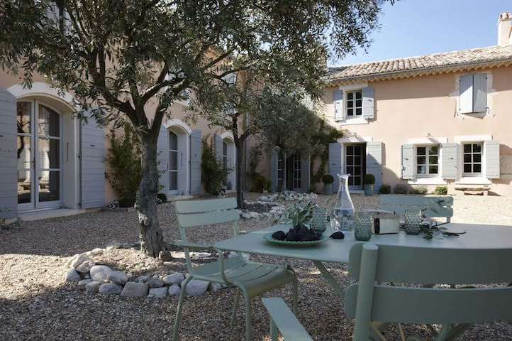 Beautiful Provence house in the vineyards - Visan - Haus