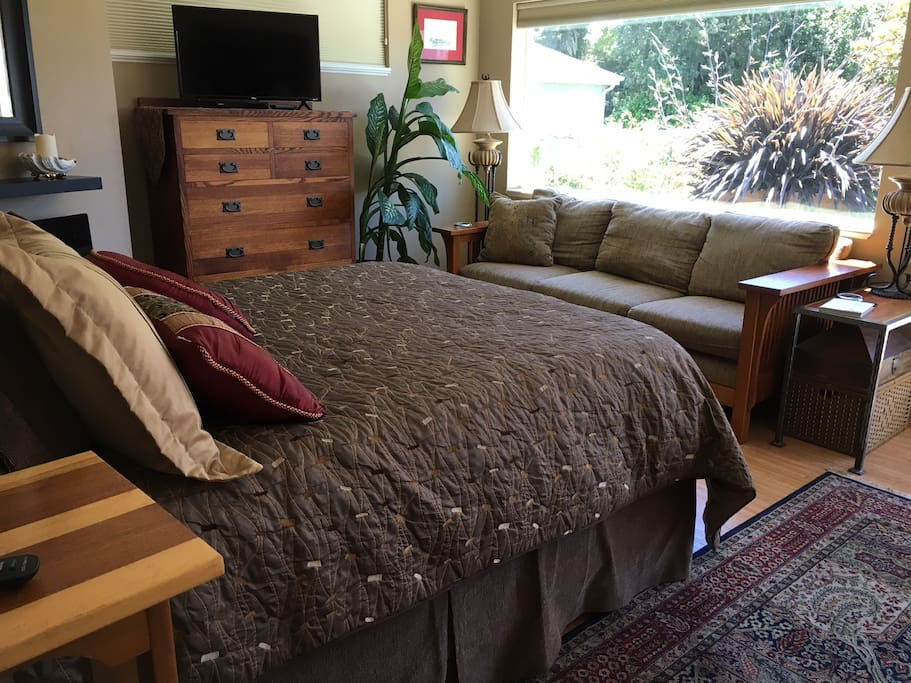Main Bedroom with comfortable couch seating