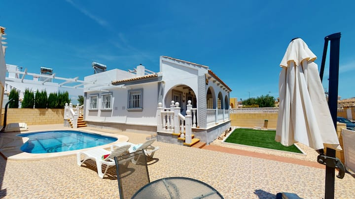 Villa Sierra - A Murcia Holiday Rentals Property