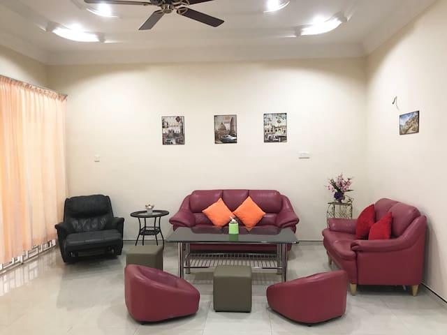 QOMFUL - Private Room