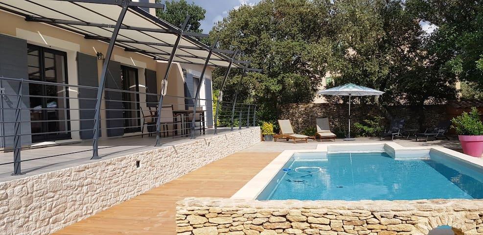 """""""Mas Provençal"""" contemporary luxury"""