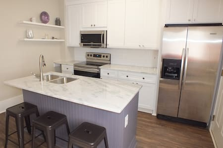 1br Apt, 3 blocks from the Square in Downtown Murf - Murfreesboro