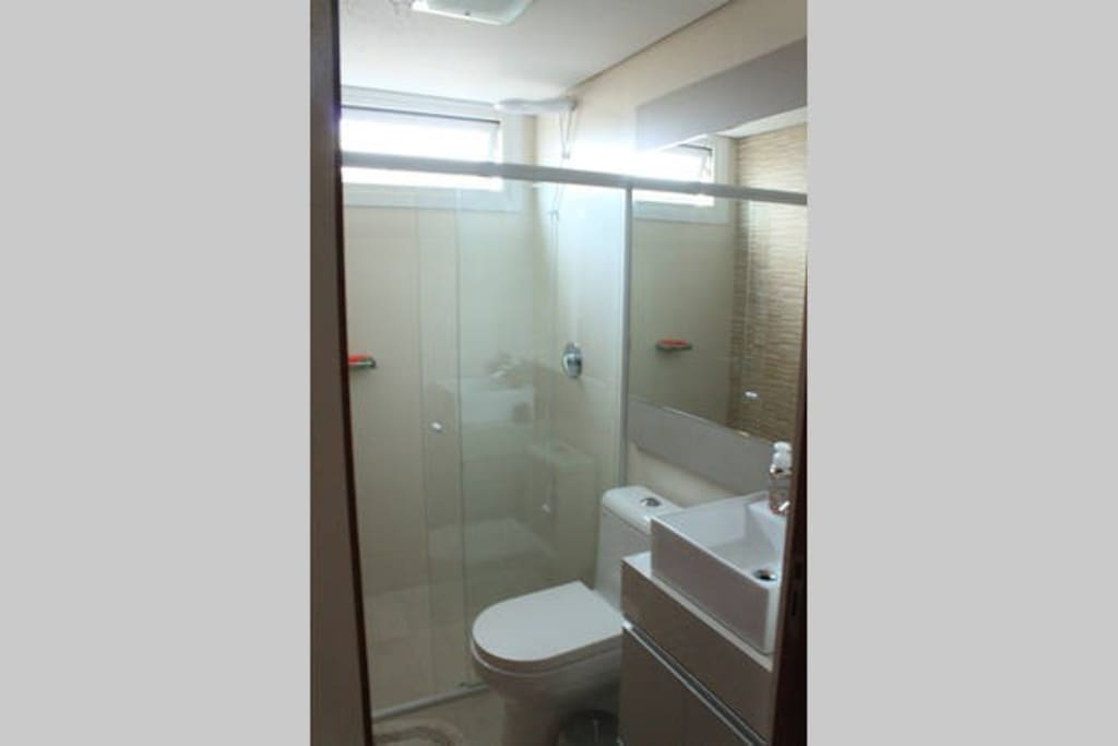 Banheiro Privativo Anexo ao Quarto