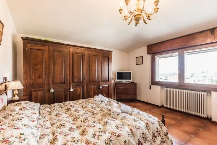NEW AND COZY PRIVATE ROOM ONLY 10 FROM VENICE
