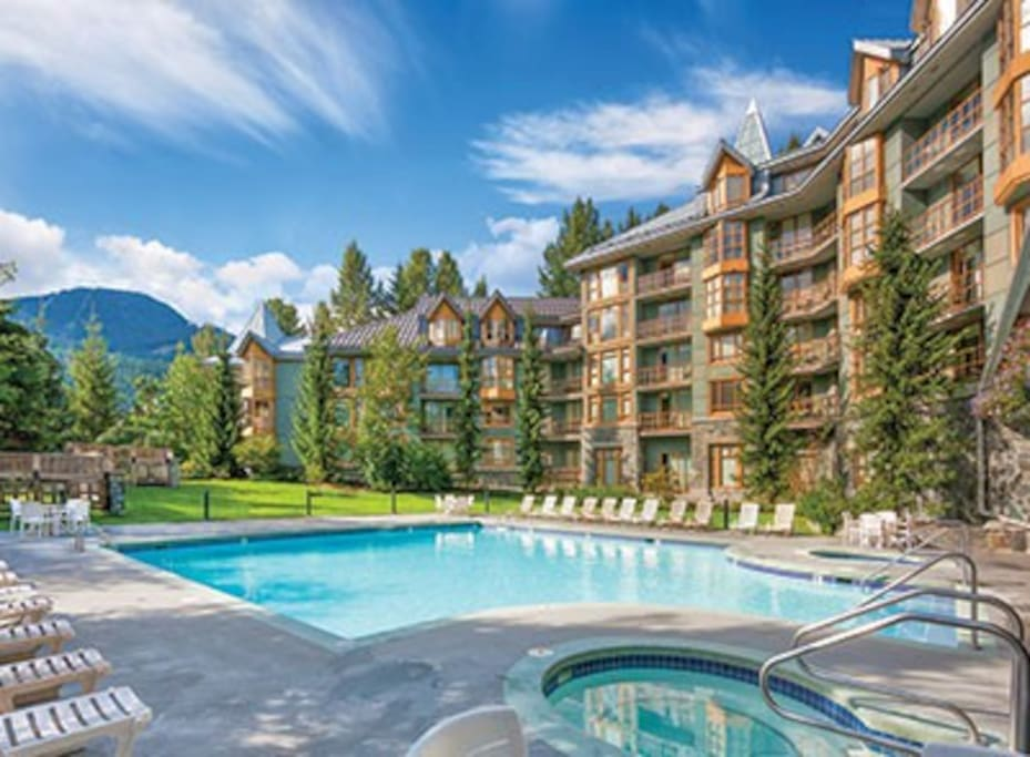 Whistler Village WM Resort 1BR/2BDs for 4