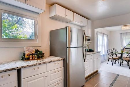 2bed 1bath Home at Berkeley Denver 420 friendly