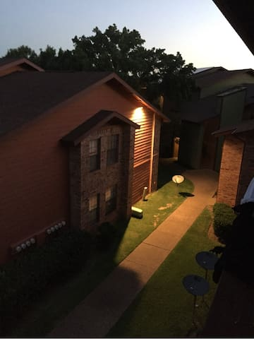 One bedroom apartment clean - Fort Worth - Lejlighed