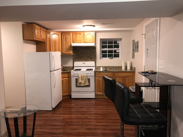 Very private and New remodeled One bedroom