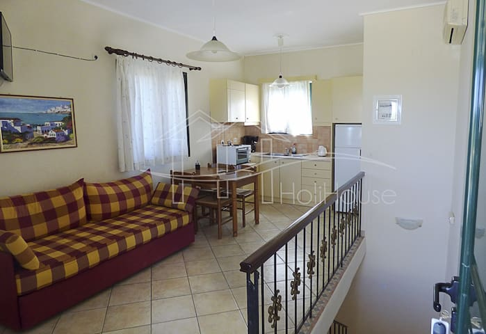Pool,garden and BBQ 5min from sandy beach - Paralio Astros - Apartment
