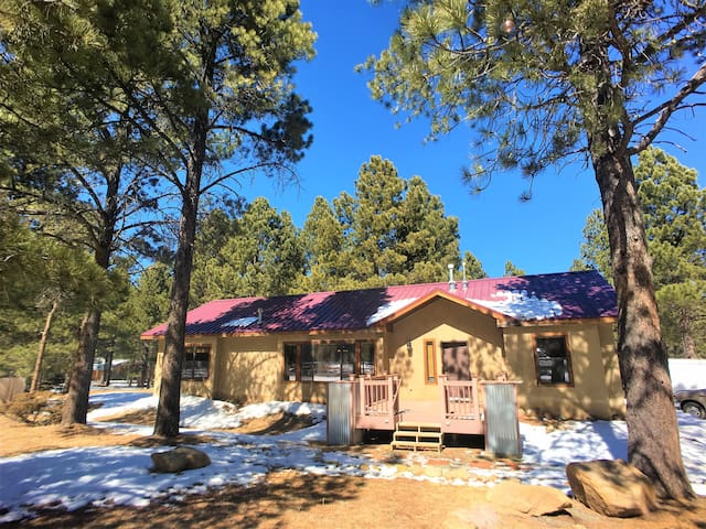 Angel Fire Up In The Pines House- Sleeps 8