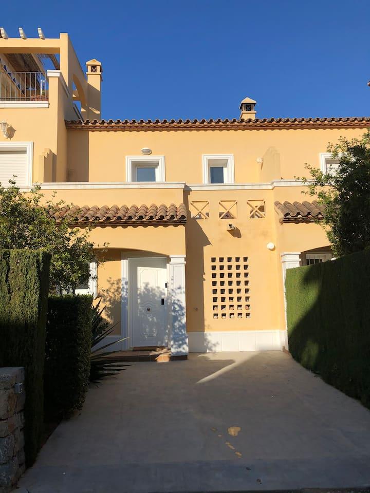 Denia, La Sella, a 2 bed 2 bath, 2 pools, Casajoli