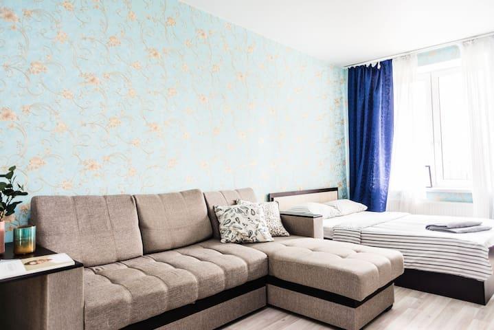 Просторная и светлая квартира.