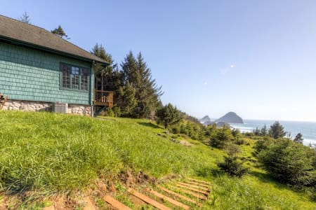 Picturesque 2BR Gold Beach House - Gold Beach