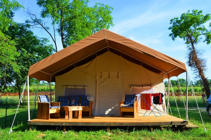 SunFlower Country tents - Novigrad - Overig