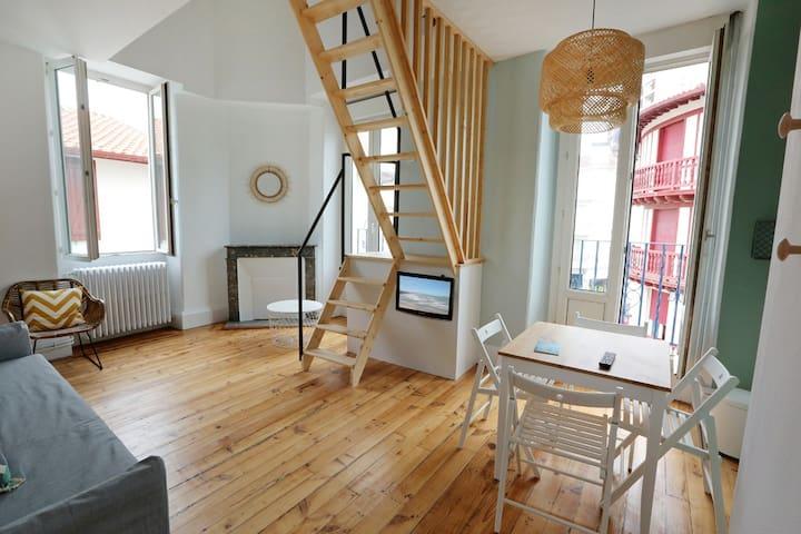 Appartement neuf avec chambre en mezzanine