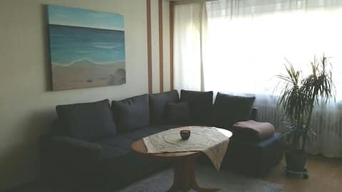 Gemütliche Wohnung in der Nähe des Messezentrums