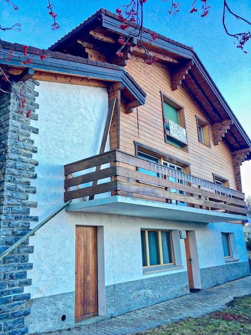 Chalet front side-apartment at the ground floor