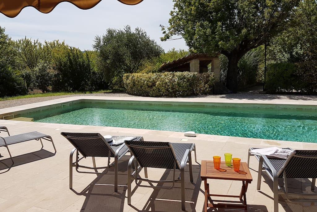 Piscine et Plage/Pool & Beach (La Piscine)