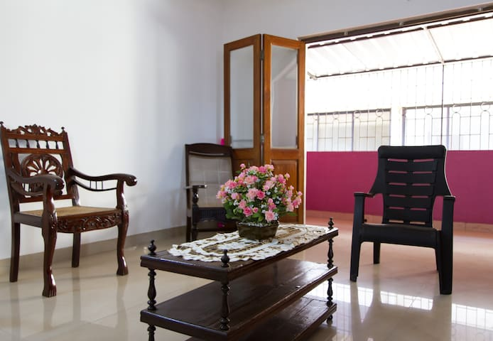 Spacious, elegant South-Goa  home - Margao - Apartment