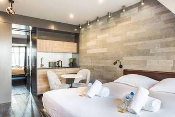 Suite Premium- Tour Eiffel- 7