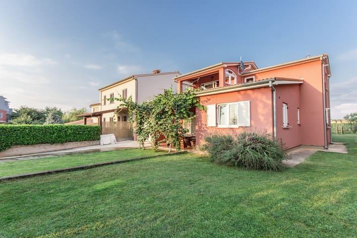 Villa Haus Marin with kid pool for 10 guests - Fažana - Villa