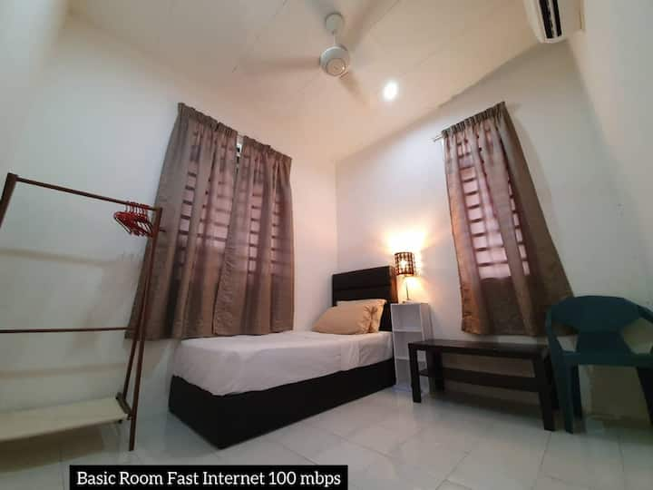 Nomad Dream - Basic Room fast internet 100 mbps