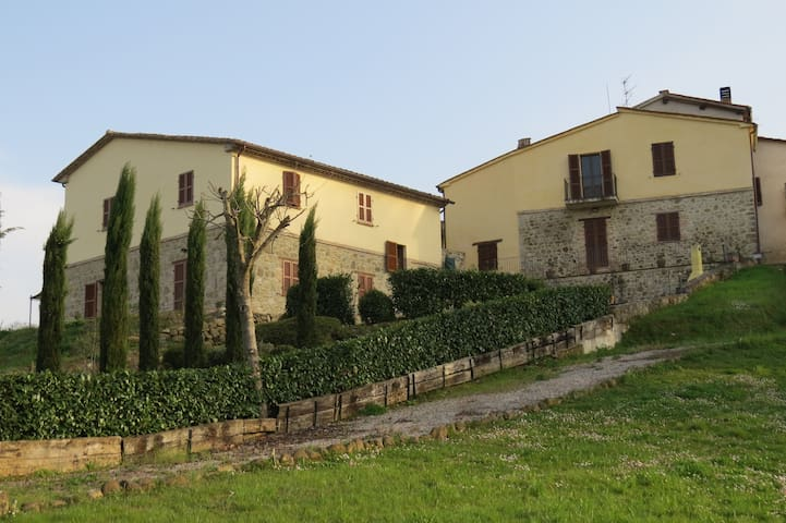 "Apartment ""Sopra"", Borgo Catolli, Northern Umbria - Umbertide - Apartment"