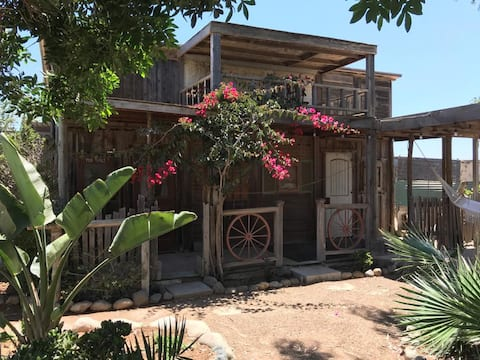Secret Garden Suite