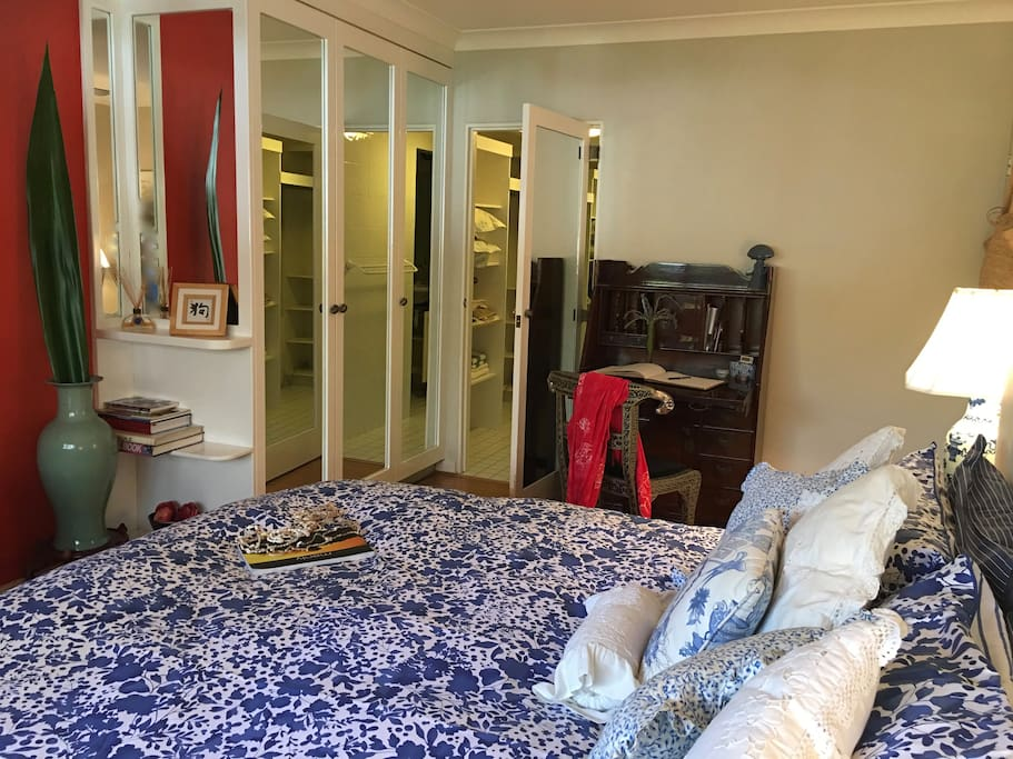 King Size Bed - desk and walk-in wardrobe and ensuite