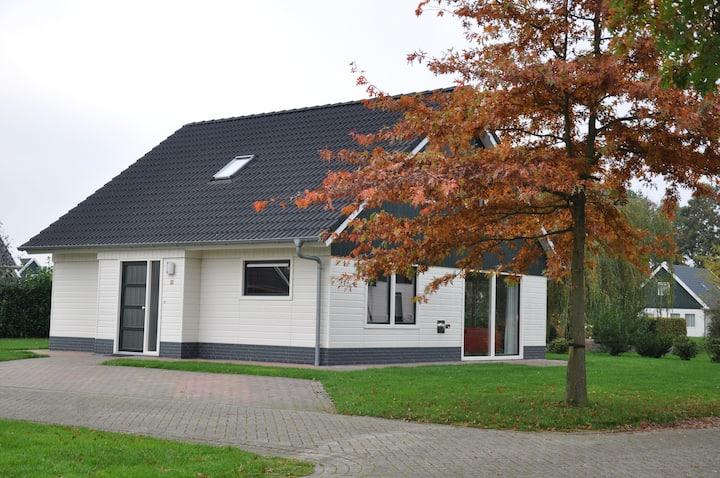 Urlaub in Drenthe am Wasser. HD68