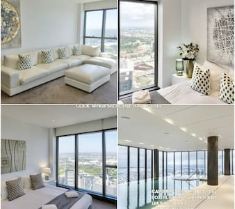 52nd Floor Luxury Apt in 6Star building by Casino