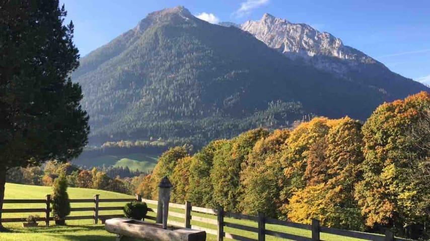 Ferienwohnung mit Bergpanorama für 2 oder 4
