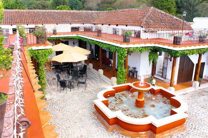 Villas de la Ermita/up to 26 guests