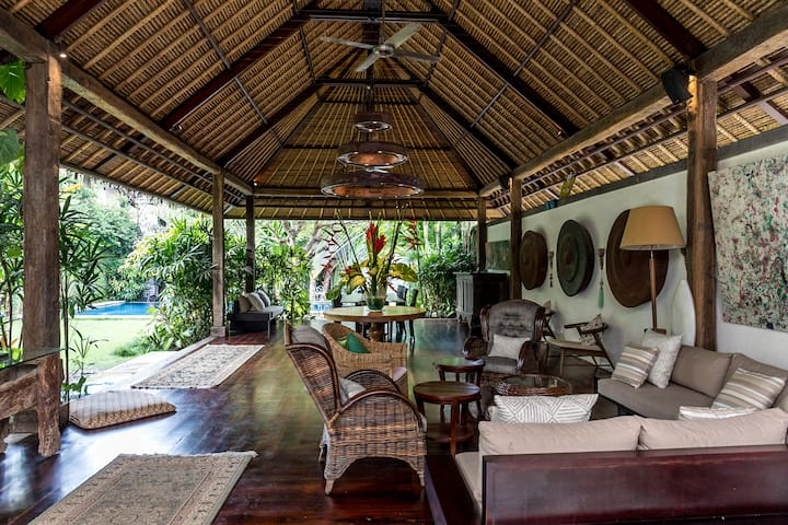 Luxury beachside villa in Sanur, Villa Penjor Bali
