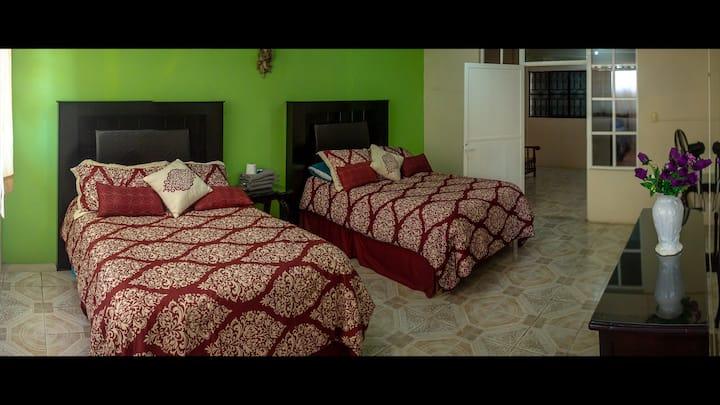 Habitación Familiar CLIMATIZADA - Casa Marti