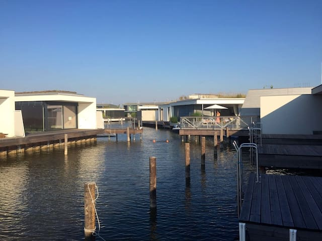 different and cool - directly at Neusiedlersee