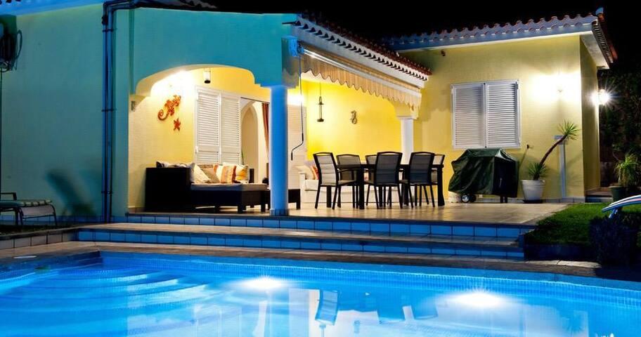 Luxury Villa with solar heated pool Gran Canaria