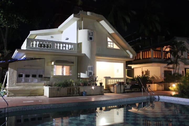 2BHK Candolim Beach Villa W Swimming Pool