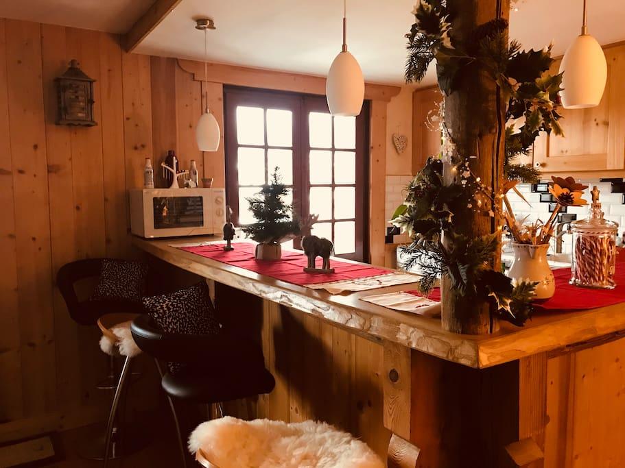 chambre louer dans un petit coin de paradis appartements louer cordon auvergne rh ne. Black Bedroom Furniture Sets. Home Design Ideas