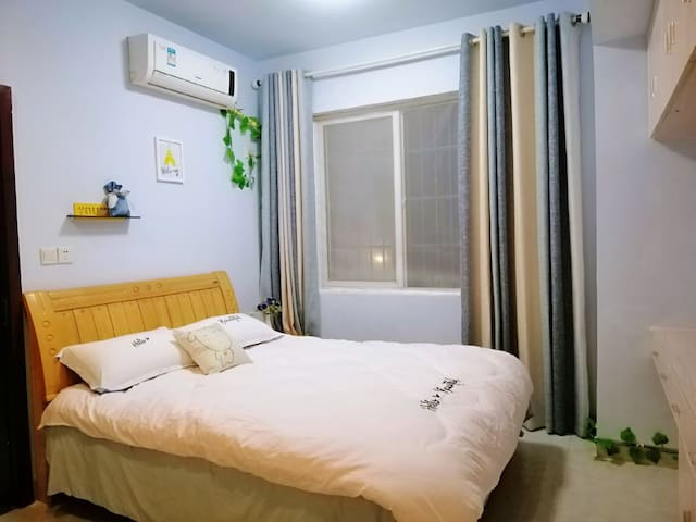 【全面消毒】 南华大学/ 简约北欧风  , 温馨浪漫一房一厅/可做饭/带停车场