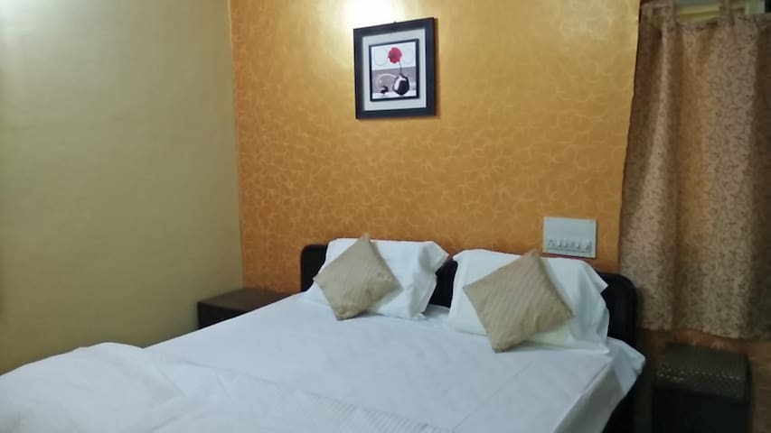 2 BHK Serviced Apartment on Outer Ring Road - 1 - Bangalore - Byt
