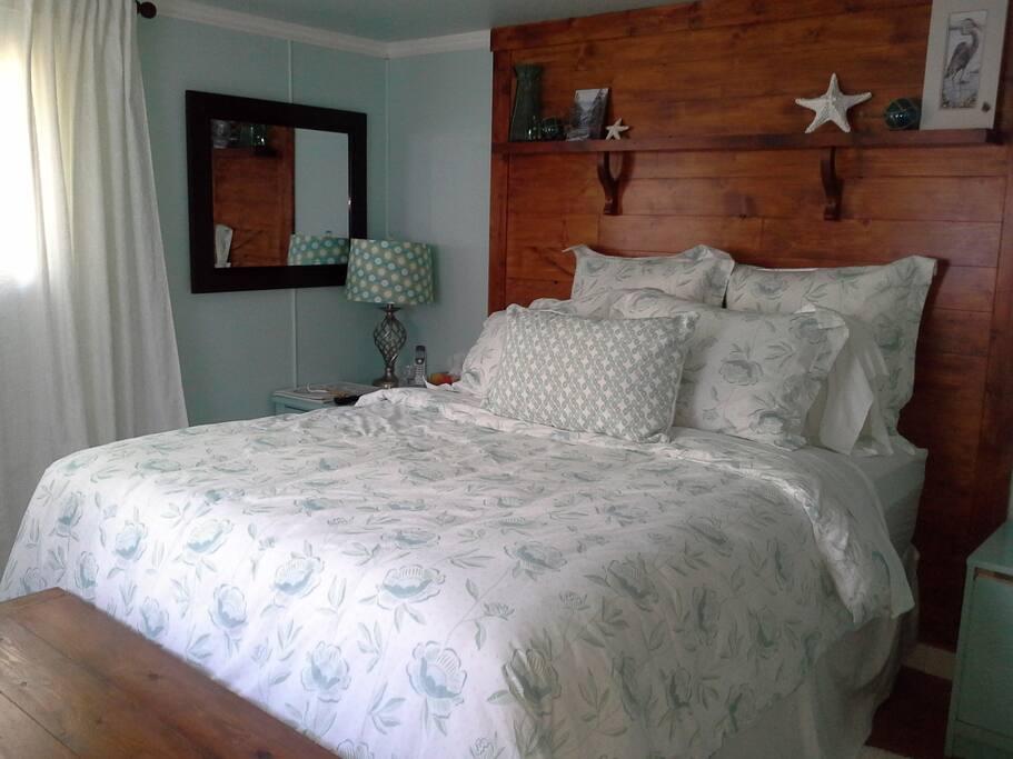 Master bedroom queen and comfy