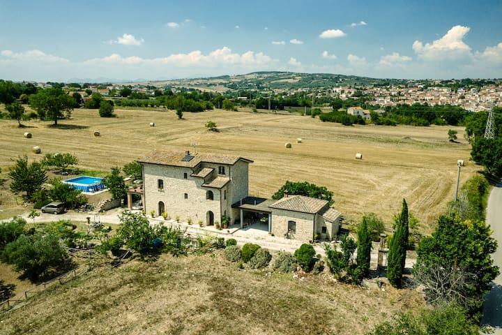 Villa di Campagna - LePietreBnb