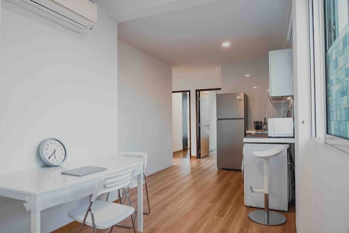 Newly Renovated Entire Unit for Group / Family