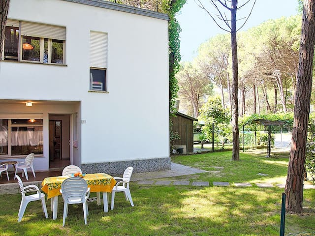 Apartment Pini for 5 persons