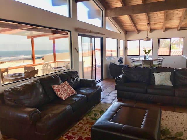The open floor plan takes full advantage of panoramic ocean vistas.