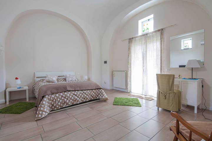 Apartament Mirko Freeparking pompei - Pompei - House