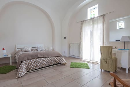 Apartament Mirko Freeparking pompei