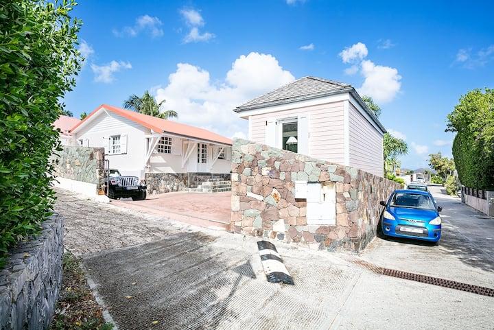 Maison à 2 pas de l'Eden Rock (3 chambres)