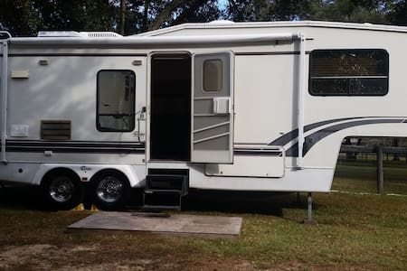 HITS Post-Time Farm- RV/Camper - Ocala